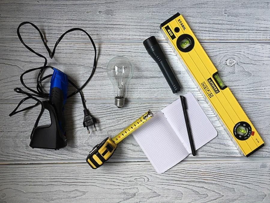 Инструменты необходимые при осмотре квартиры при ее покупки